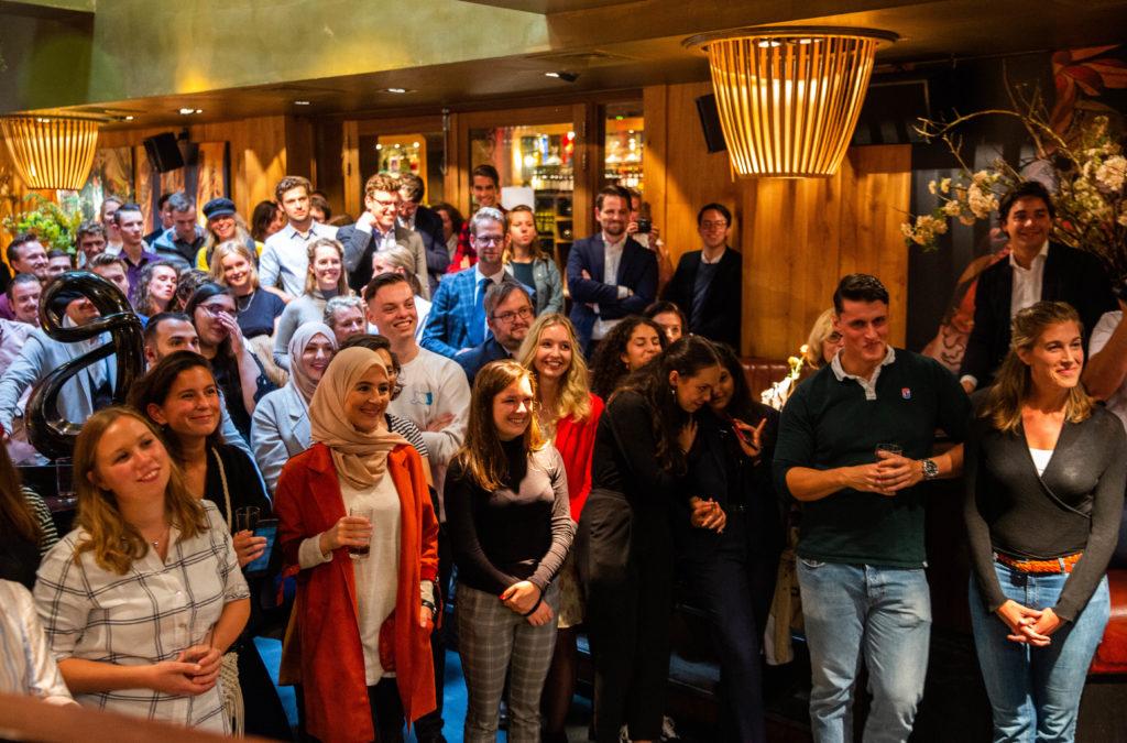 Overdracht manifest van Coalitie-Y aan Minister-President Mark Rutte